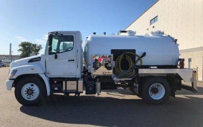 2020 Hino 268A 2150 Aluminum Tank Portable Restroom Service Truck